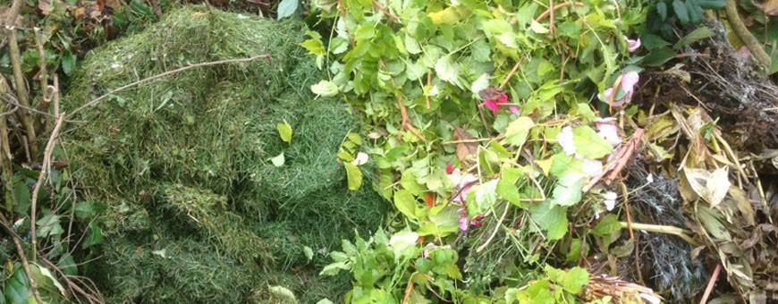 kompost ist ein gemisch aus laub grasschnitt unkraut. Black Bedroom Furniture Sets. Home Design Ideas